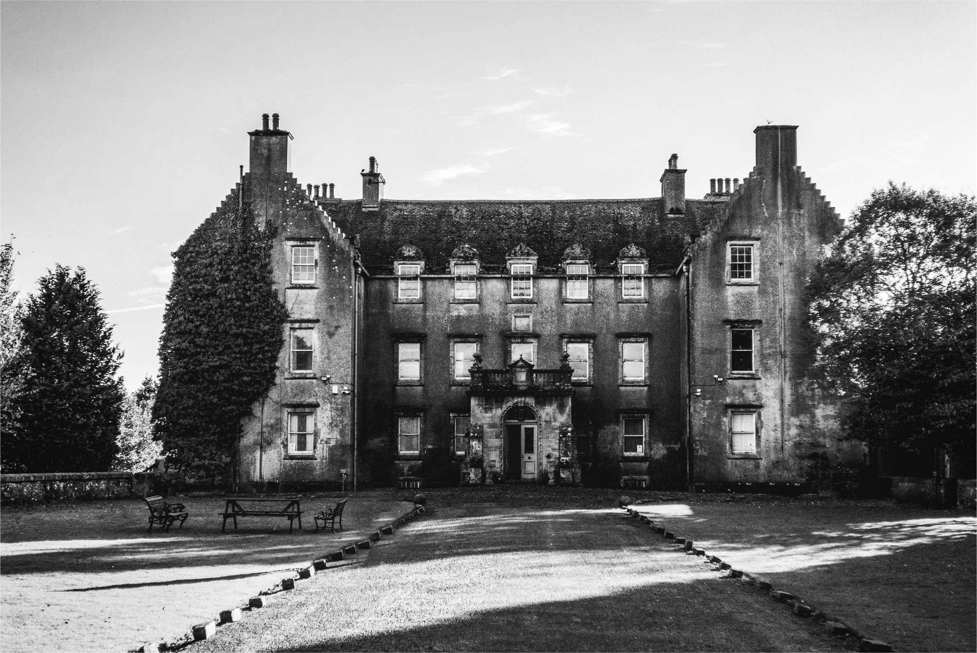 Bannockburn House Ghost Hunt Stirling Scotland Thumbnail Image